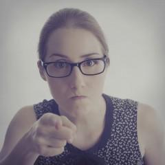 Hey, blogueira (o): é hora do puxão de orelha!